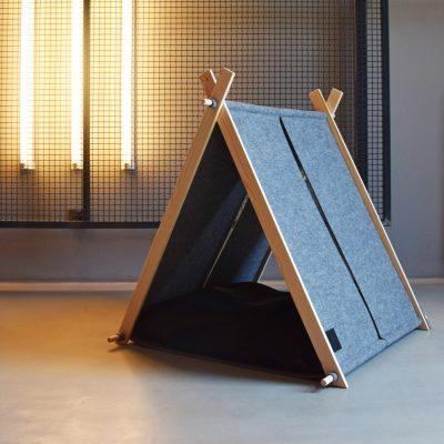 Hut Bed